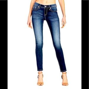 NEW Miss Me dark blue jeans  SIZE 26